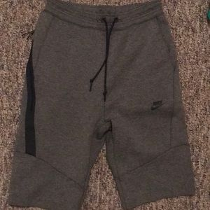 Gray Nike men's tech fleece shorts